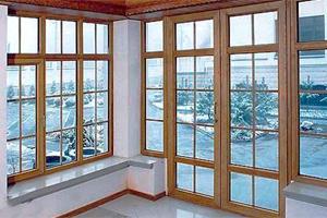 Деревянные верандные окна для дачи отлично вписываются даже в современные интерьеры