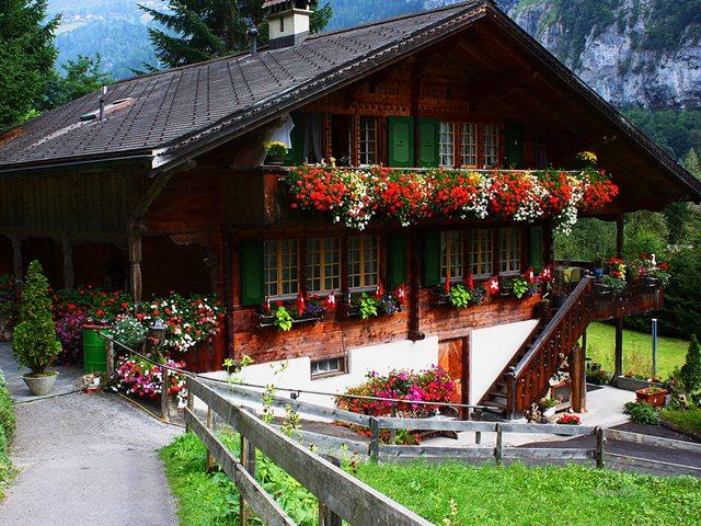 фасад дома в кантри стиле