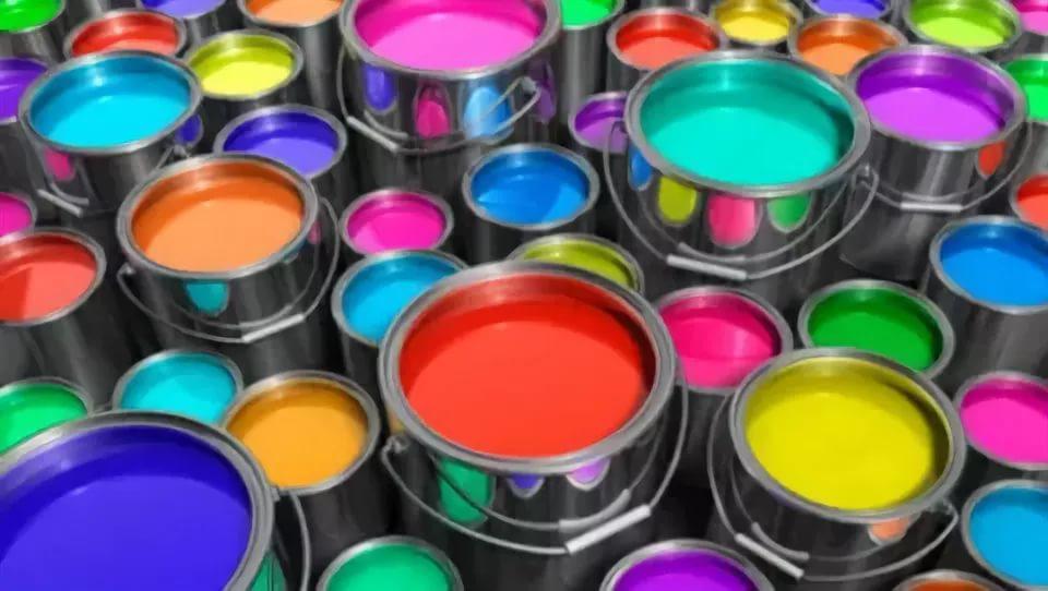 Цветовая гамма водоэмульсионных красок очень велика</li></ul>