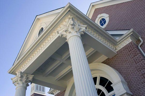 Фасадный декор из пенопласта — достойная альтернатива гипсу