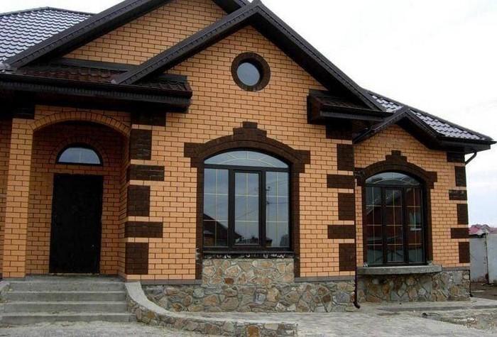 облицовка фасада загородного дома