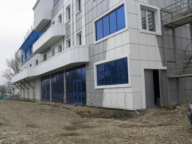 отделка фасадов общественных зданий
