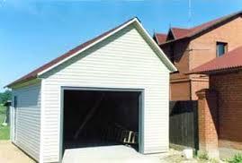 Отделка гаража горизонтальным сайдингом