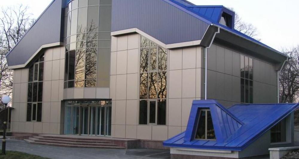 Интересный фасад