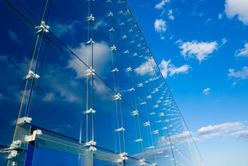 Фасады, которые сливаются с небом
