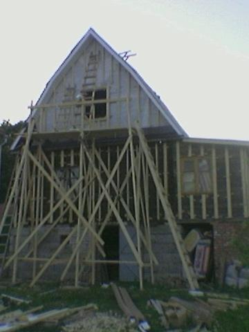 Установка деревянного каркаса обрешетки