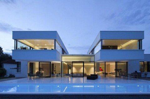 Дом в стиле хай-тэк
