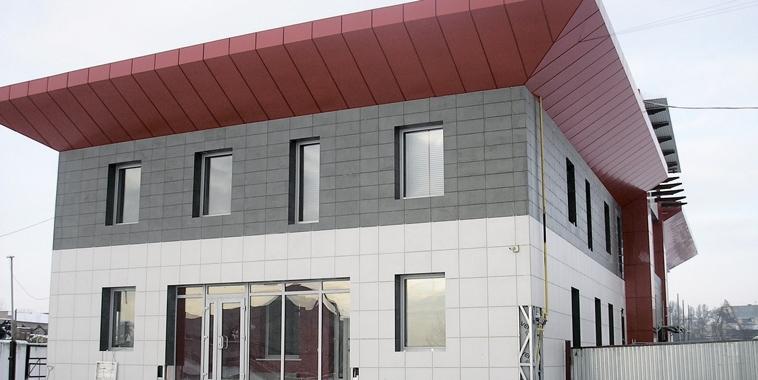 Комбинированные вентилируемые фасады
