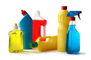 Можно ли мыть сайдинг моющими средствами