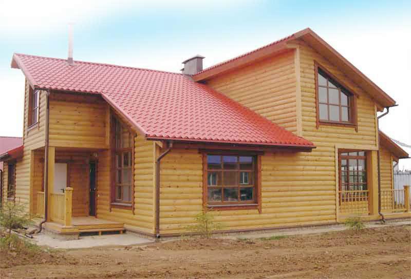 Пример отделки частного дома деревянным Блок Хаусом