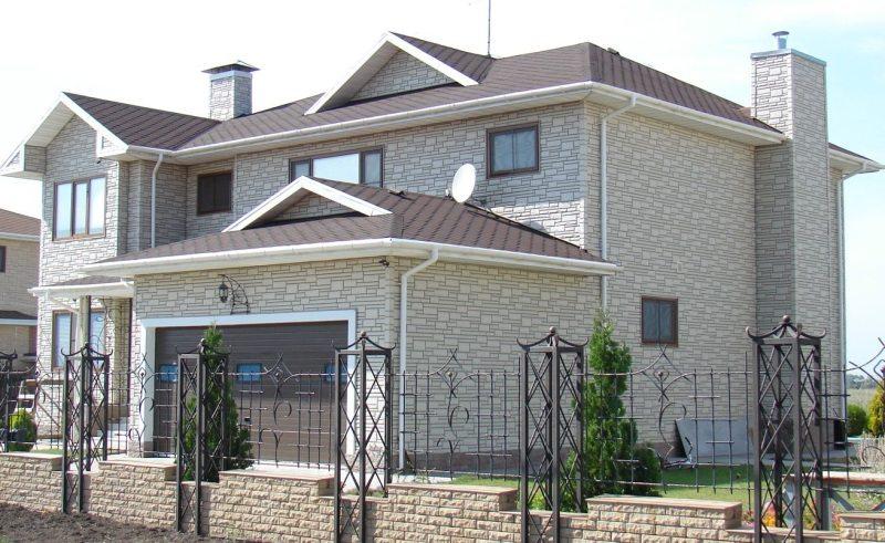 Фасад дома под камень фото