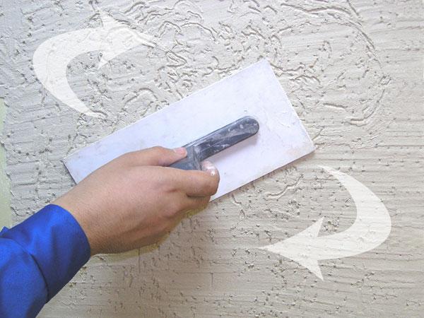 Фасадная штукатурка Короед декоративная: видео-инструкция по монтажу своими руками, цена, фото